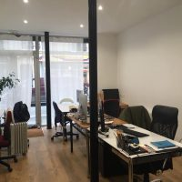 1 Place dans notre bureau partagé // 220 euros TTC // métro Voltaire // dispo 1er août 2019
